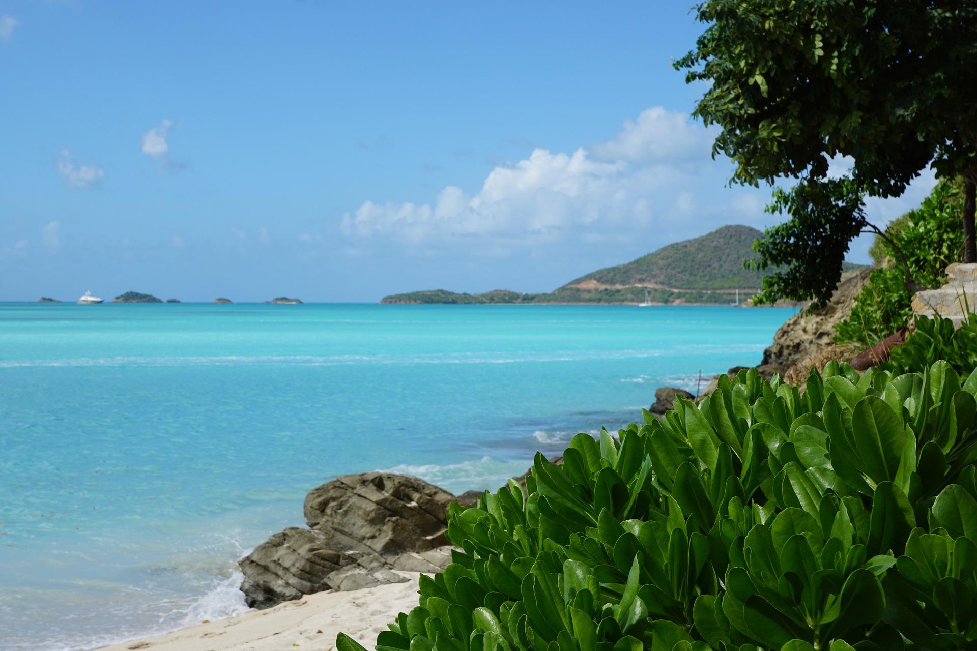 Get Antigua Passport